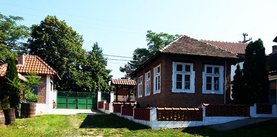 Staracki dom Vozdovac
