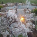 dvorište sa fontanom u domu avalska oaza